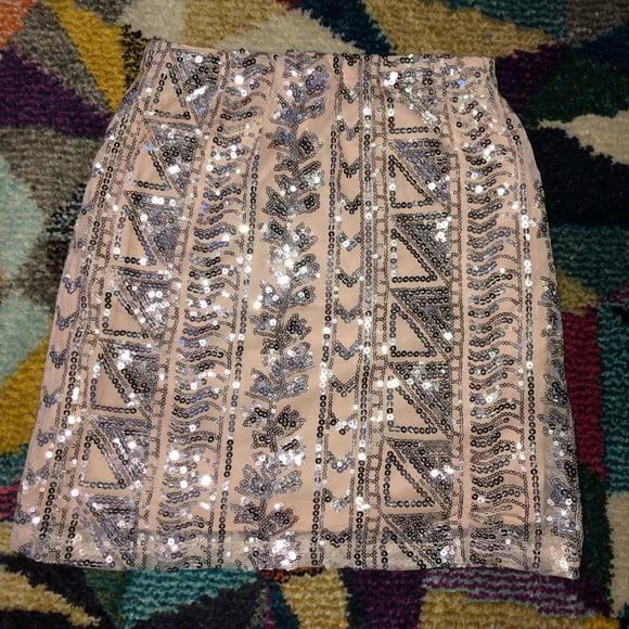 Sequence skirt ✨